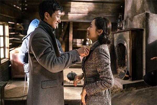 Jang Han cũng đem lòng yêu Deok Hye. (Ảnh: Internet)