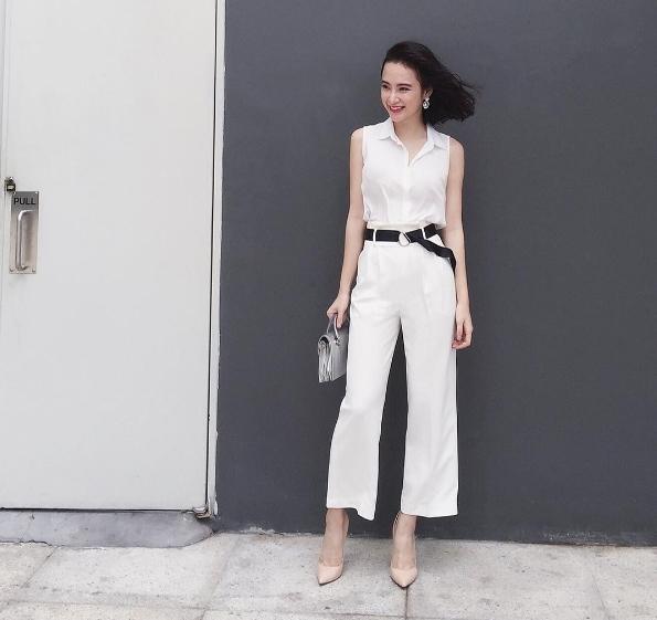 Angela Phương Trinh trông vô cùng cao ráo, mảnh khảnh khi diện quần lửng ống rộng.