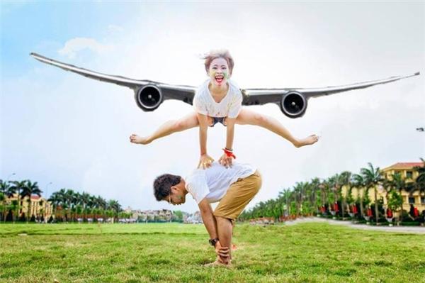 Thôi làm cánh máy bay đi cho chắc chắn.(Ảnh: Internet)