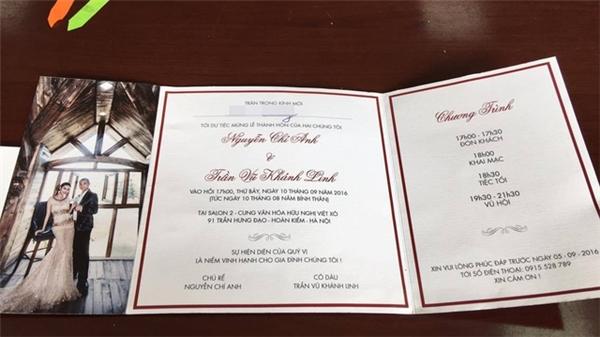 Được biết, đám cưới của chú rể Nguyễn Chí Anh với cô dâu Trần Vũ Khánh Linh sẽ diễn ra vào hồi 17gtại Cung Hữu nghị Việt Xô (Hà Nội). Đám cưới sẽ có khá đông giới nghệ sĩ showbiz và các thành viên của Liên đoàn Thể thao Việt Nam tham dự. Tiệc cưới sẽ được kéo dài tới 21g30 cùng ngày với màn vũ hội đặc sắc do cô dâu chú rể cùng các cộng sự và học trò thể hiện. - Tin sao Viet - Tin tuc sao Viet - Scandal sao Viet - Tin tuc cua Sao - Tin cua Sao