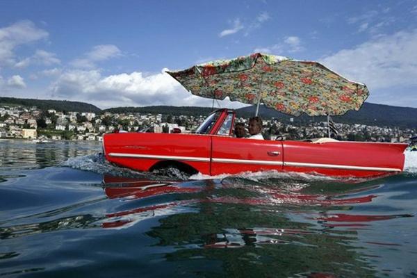 Có xe này thì phượt trên núi dưới biển thoải mái nhé.