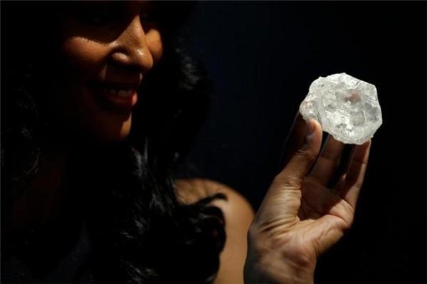 Lesedi la Rona nặng 1.190 carat (Ảnh: internet)