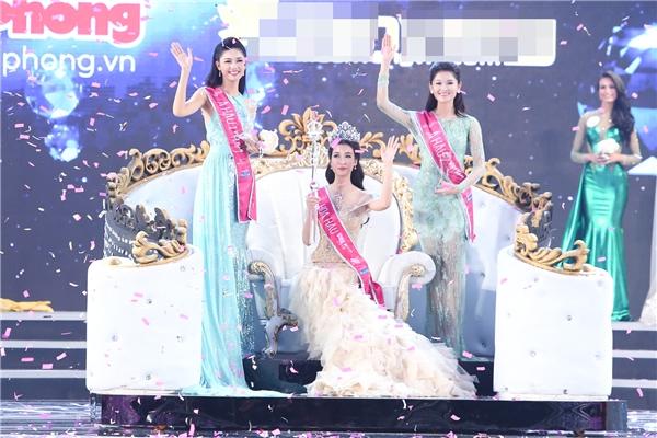 Top 3 Hoa hậu Việt Nam 2016: Ngô Thanh Thanh Tú, Đỗ Mỹ Linh, Huỳnh Thị Thùy Dung
