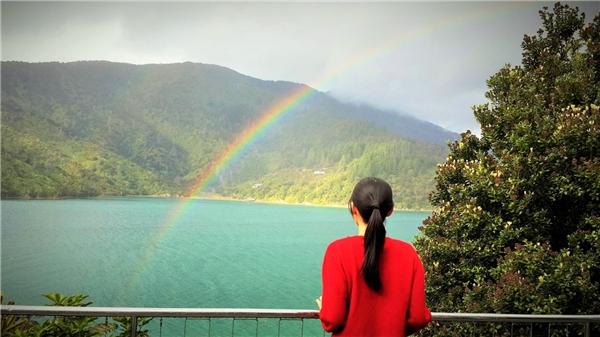 Cô gái Việt dễ thương này