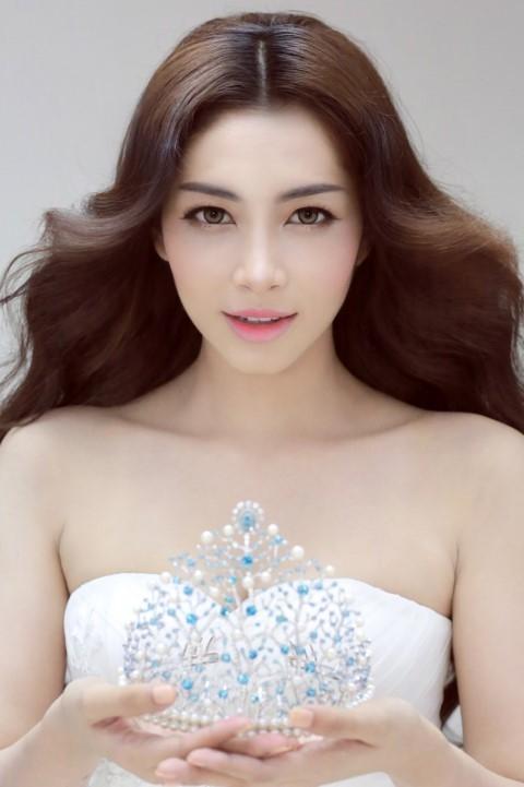 Hoa hậu Đại dương 2014 cũng tên Đặng Thu Thảo, cô sinh năm 1995 và đến từ miền Tây Nam Bộ. - Tin sao Viet - Tin tuc sao Viet - Scandal sao Viet - Tin tuc cua Sao - Tin cua Sao