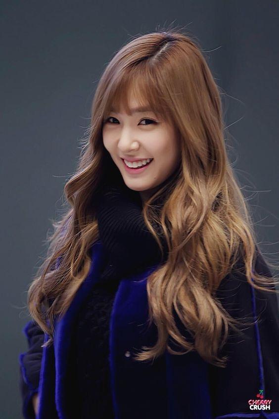 """Trong đó không thể thiếu nàng """"mắt cười"""" của SNSD -Tiffany."""