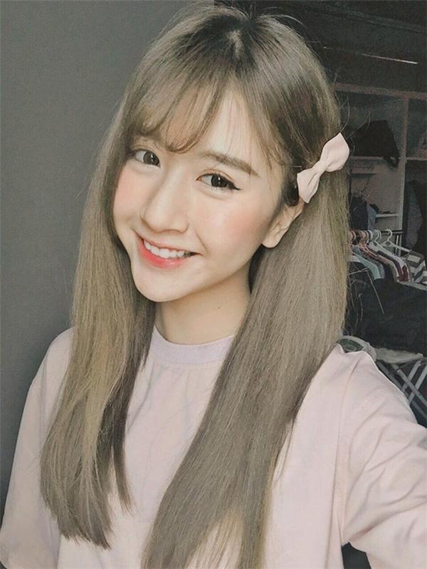 Hot girl đình đám Quỳnh Anh Shyn đãcó màn lột xác ngoạn mục với mái tóc của mình.