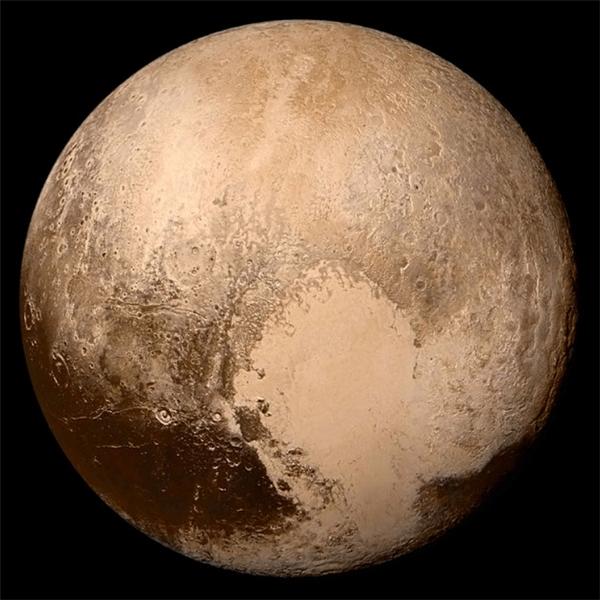 #6 Nếu trải bề mặt của sao Diêm Vương ra bề mặt phẳng thì sẽ bằng đúng với tổng diện tích của Liên bang Nga.(Ảnh: BuzzFeed)