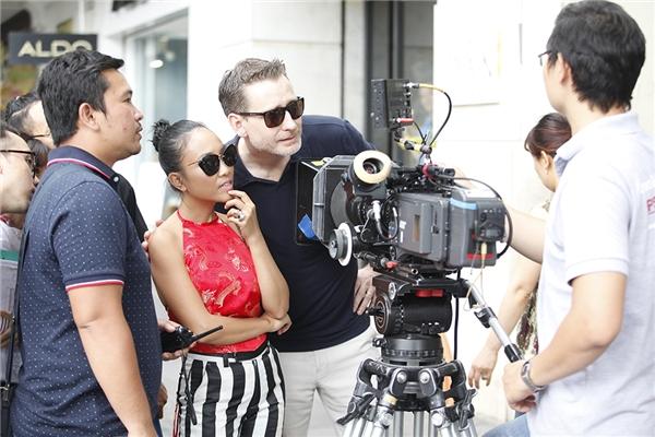 Đóng phim cùng chồng áp lực hơn Đoan Trang nghĩ