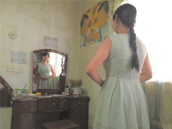 """""""Quần áo chật rồi thì có thể mặc lại được, nhưng nếu mẹ không còn thì chẳng còn ai nhìn mình lớn lên"""",với tấm lòng hiếu thảo yêu thương mẹ,cô gái nhỏ 14 tuổi đã kiên cường vượt qua sự chế giễu của bạn bè để tăng cân."""