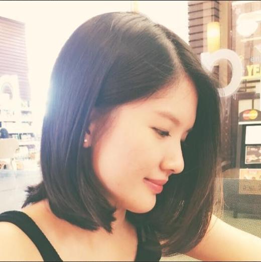 Huyền Trang vừa xinh đẹp lại tài năng.