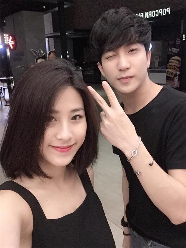 Chàng hot boy Hà thành cũng từng gặp nghi án tình cảm vớiKỳ Hânvà Diệu Ly.(Ảnh: Internet)