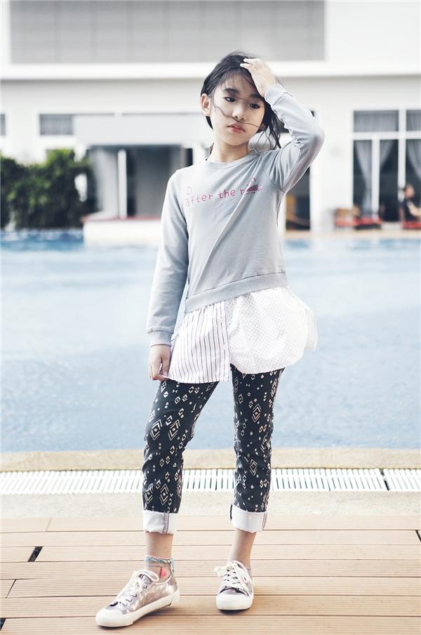 Ngoài ca hát, Ju Uyên Nhi cho biết thời trang là một sở thích đặc biệt của cô bé.