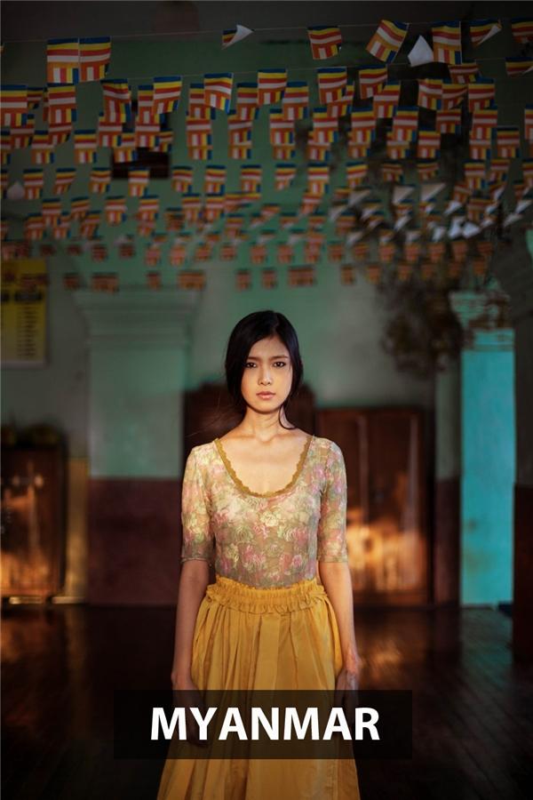 Cô gái người Myanmar đại diện cho một nét đẹp Á Đông tổng hòa với dáng người thanh mảnh, gương mặttrái xoan, khuônmiệngnhỏ và chiếc mũi thanh tú.