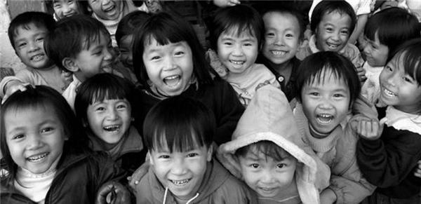 Hãy cùng YAN đóng góp những phần quà ý nghĩa để tất cả các em đều có một mùa Trung Thu Ấm và tràn ngập tiếng cười nhé.