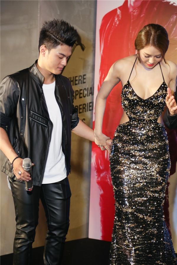Linh Chi nắm tay Lâm Vinh Hải khi đứng trên sân khấu - Tin sao Viet - Tin tuc sao Viet - Scandal sao Viet - Tin tuc cua Sao - Tin cua Sao