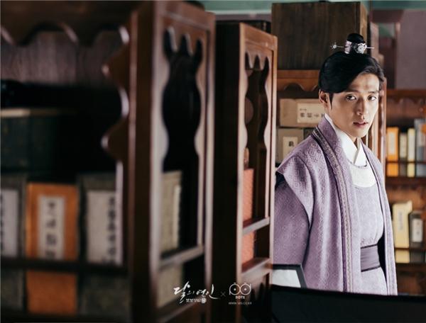 """Lee Jun Ki và Kang Ha Neul là hai diễn viên """"gánh team"""" diễn xuất của Moon Lovers."""