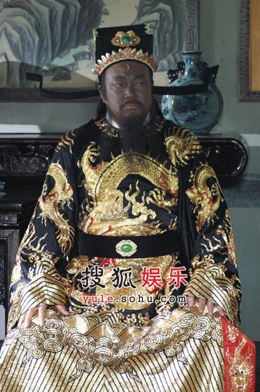 Ước nguyện cuối cùng của Kim Siêu Quầnlà đóng đủ 1.000 tập Bao Thanh Thiên.