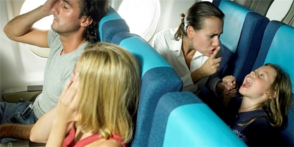 Những điều khách không nên nói với tiếp viên hàng không