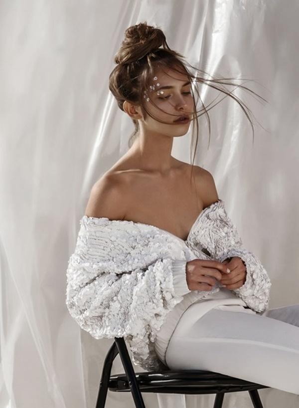 Cô mẫu Tây khiến nhiều người mê đắm bởi các số đo chuẩn như mơ