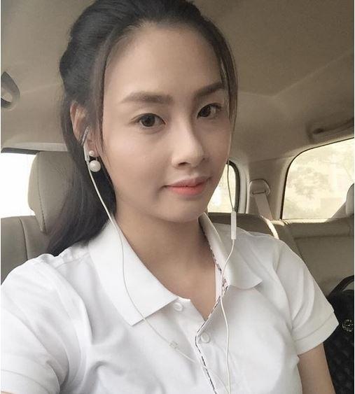Việc đăng quang của Thùy Trang tại Hoa hậu Biển Việt Nam 2016 gây bất ngờ cho khán giả bởi phần trình diễn hay ứng xử của cô đều không được đánh giá cao. Gương mặt của Thùy Trang trên sân khấu khá sáng và có đường nét rõ ràng. Tuy nhiên, khi không trang điểm, người đẹp này chắc chắn khiến bạn bất ngờ bởi gương mặt không có điểm gì đặc biệt, thu hút.