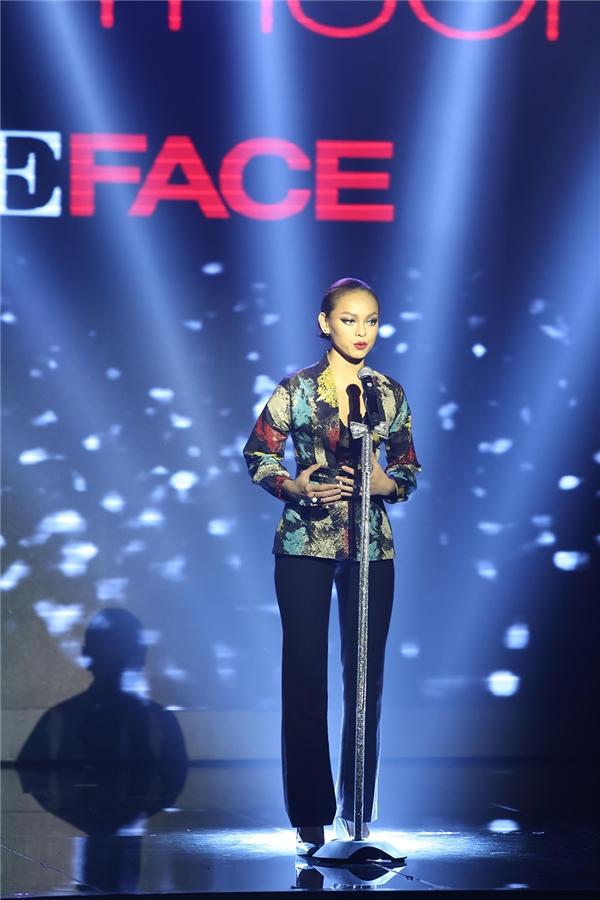 Trong đêm chung kết, Mai Ngô có phần thể hiện xuất sắc khiến khán giả liên tục trầm trồ, hò hét.