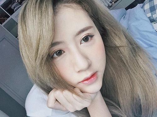 Quỳnh Anh Shyn cũng có thời gian dài yêu thích màu tóc này