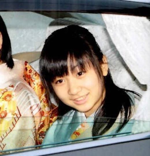 Công chúa Kako là cháu gái của của hoàng đế Nhật Bản Akihito, ngay từ nhỏ Kako đã được mệnh danh là công chúa xinh đẹp nhất Nhật Bản.