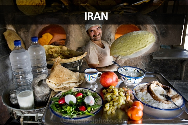 Akbar Zareh, thợ làm bánh tại tỉnh Yazd, Iran