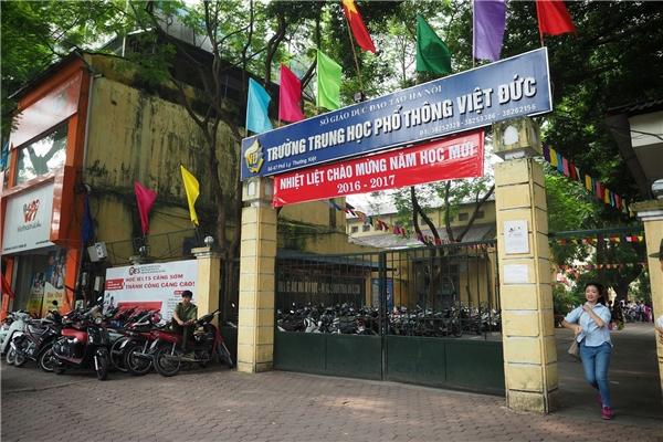Trường PTTH Việt Đức là nơi Hoa hậuĐỗ Mỹ Linh đã có 3 năm gắn bó với nhiều kỷ niệm đẹp. - Tin sao Viet - Tin tuc sao Viet - Scandal sao Viet - Tin tuc cua Sao - Tin cua Sao