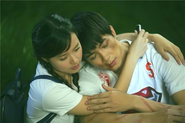 Cả 2 phải khóc rất nhiều lần để đạo diễn có những thước quay đẹp nhất.