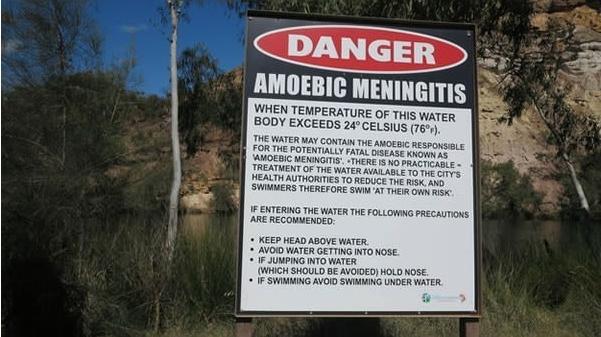 Đừng quá lo ngại về những nguy hiểm bất ngờbởi vì khắp nơi đều có bảng thông báo mà.