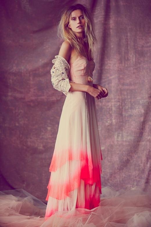 Ngất ngây với những chiếc áo cưới theo phong cách nhuộm dip dye