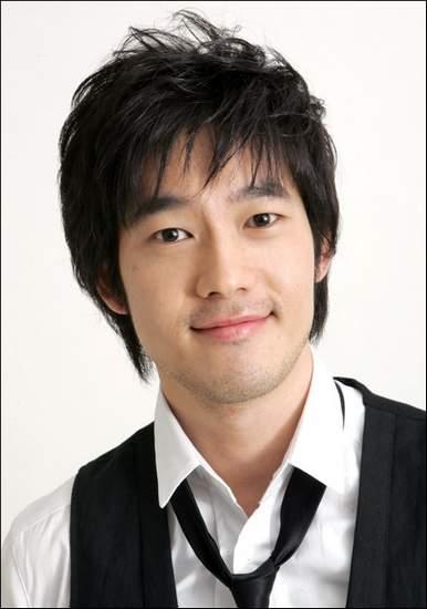 Park Jae Jung cũng là người chồng màn ảnh đầu tiên của Yoona