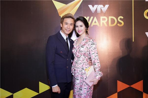 Hoa hậu Đông Nam Á 2016- Thu Vũ vẫn trung thành với hình ảnh sang trọng khi xuất hiện tại sự kiện showbiz.