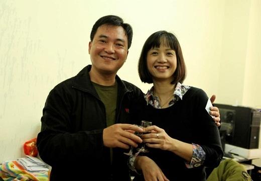 Anh và MC Tùng Chi là đôi bạn thân thiết ngoài đời.