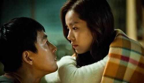 Khi các cặp đôi nhìn vào ánh mắt của nhau, trái tim sẽ có chung một nhịp đập.(Ảnh minh họa)