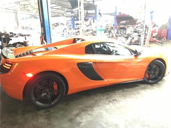 """Hồi tháng 4 vừa rồi, chồng Ngọc Thạch """"gây choáng""""khi khoe xế khủng McLaren 650S Spider. - Tin sao Viet - Tin tuc sao Viet - Scandal sao Viet - Tin tuc cua Sao - Tin cua Sao"""
