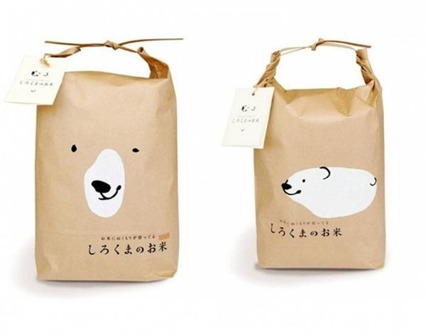 Hình ảnh chú gấu trắng đáng yêu được in trên bao bì của một sản phẩm xuất xứ từ Nhật Bản. Có ai có sở thích sưu tập bao bì túi giấy không nè?