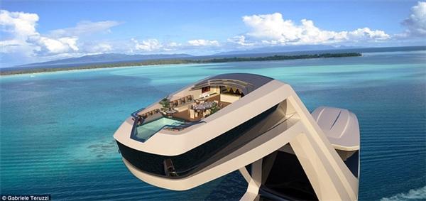 Du thuyền gây ấn tượng với cabin cao hơn 38m và có thiết kế nội thất sang trọng.