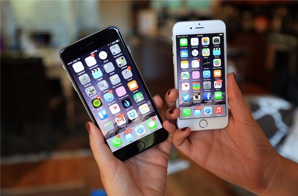 iPhone 6/ 6 Plus có giá chênh lệch khá lớn giữa hàng chính hãng và hàng xách tay. (Ảnh: internet)