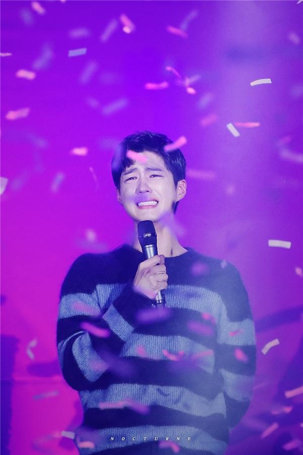"""""""Thái tử"""" Park Bo Gum: Ngôi sao giản dị đằng sau ánh hào quang"""