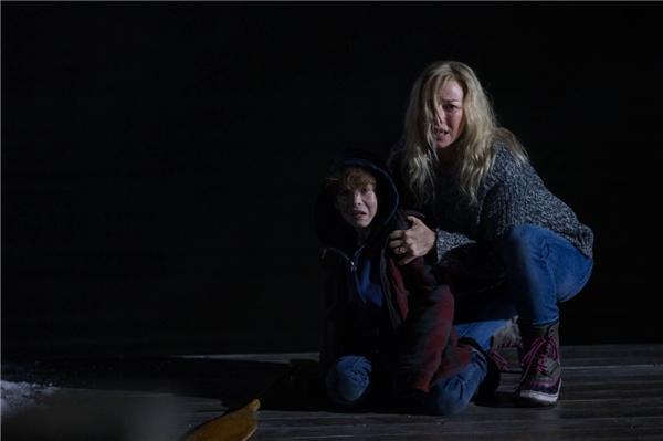 Ngủ không dám tắt đèn với 8 bộ phim kinh dị