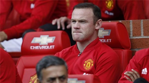 Rooney phải ngồi dự bị trước Leicester. (Ảnh: Internet)