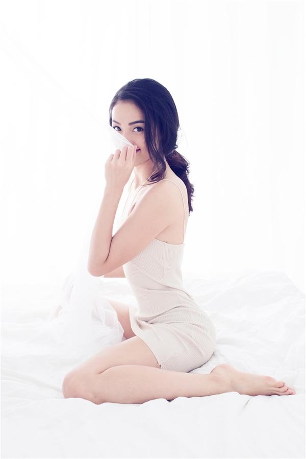 """Thời gian qua, cô gây chú ý nhờ vai diễn """"Tấm"""" trong bộ phim """"Tấm Cám: Chuyện chưa kể"""" của đạo diễn Ngô Thanh Vân."""