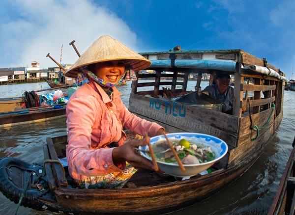 Việt Nam bất ngờ lọt khỏi top 10 quốc gia thân thiện nhất. (Ảnh: Phan Thoai Linh)