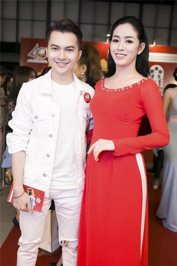 Mai Thanh Hà có dịp hội ngộ cùng người bạn thân ca sĩ nam Nam Cường.