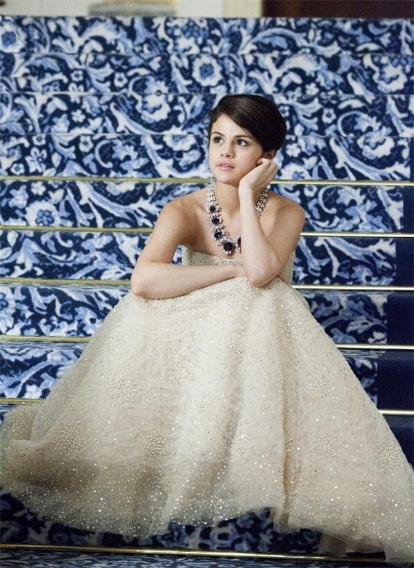 Selena được yêu mến bởi hình tượng ngọt ngào như một nàng công chúa.
