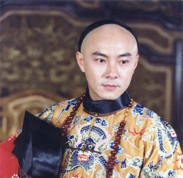 Trương Vệ Kiện trong vai Vi Tiểu Bảo
