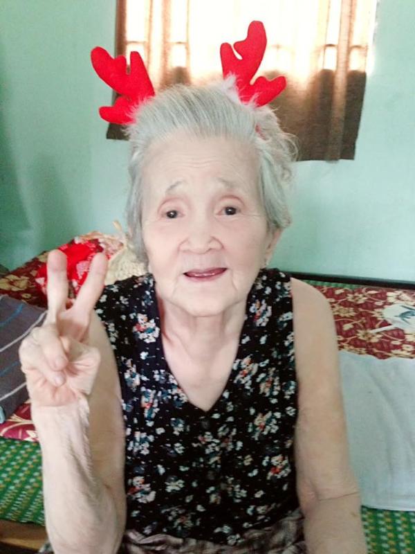 Đáng yêu bà ngoại xì-tin chỉ thích được gọi là